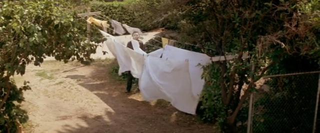 HalloweenClothesline