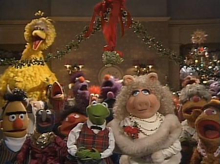 A Muppet Family Christmas Still
